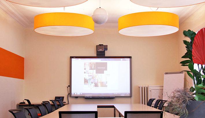 objects.sh Büroeinrichtung Besprechung Konferenzraum Tisch Stühle