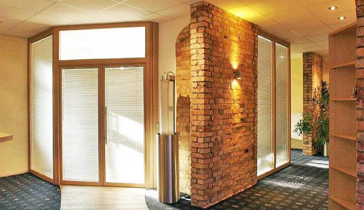 objects.sh Büroeinrichtung Bodenbelag Wandgestaltung Tresen