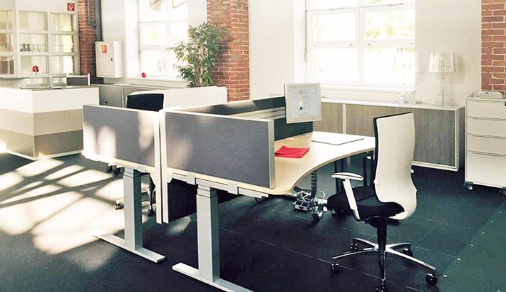 objects.sh Büroeinrichtung Großraumbüro Schreibtisch