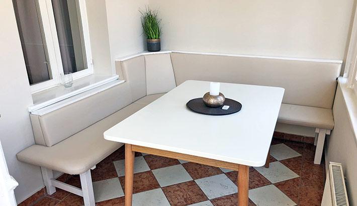 objects.sh Ferienwohnung Esszimmer Tisch Stuhl Bodenbelag