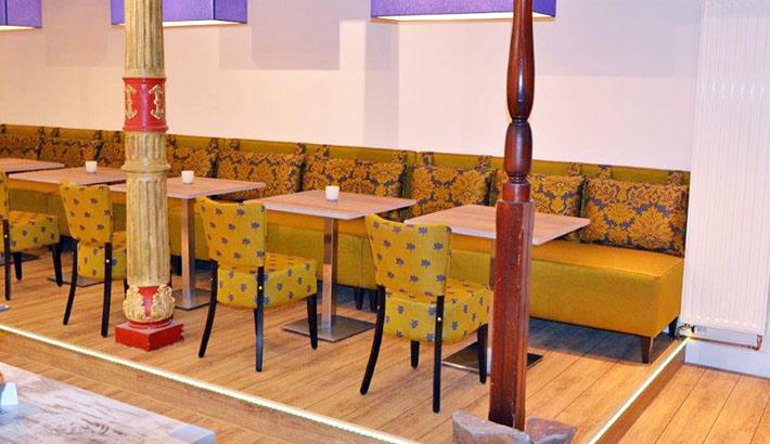 objects.sh Hotel Stühle Tische Bodenbelag